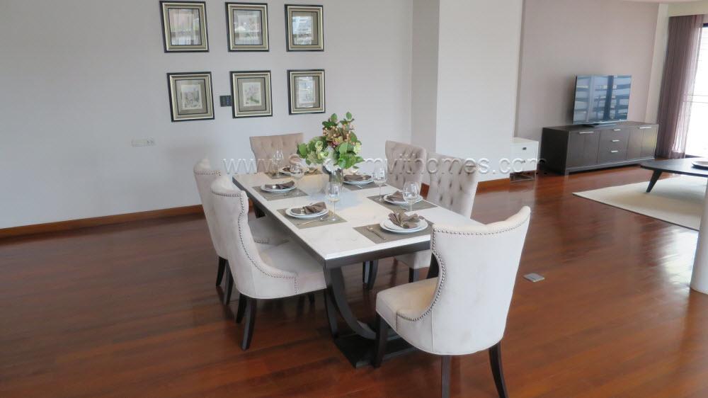 Levara Residence - В аренду: Кондо с 3 спальнями возле станции BTS Phrom Phong, Bangkok, Таиланд | Ref. TH-KQFJLVVS