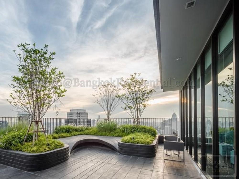 Edge Sukhumvit 23 - В аренду: Кондо c 1 спальней возле станции MRT Sukhumvit, Bangkok, Таиланд | Ref. TH-SEQOMGNC
