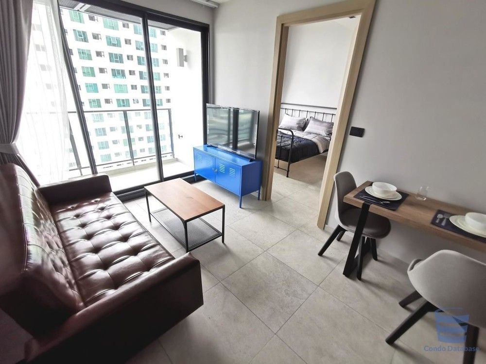 The Lofts Asoke - For Rent 1 Bed Condo Near MRT Phetchaburi, Bangkok, Thailand   Ref. TH-YWPLIZRB