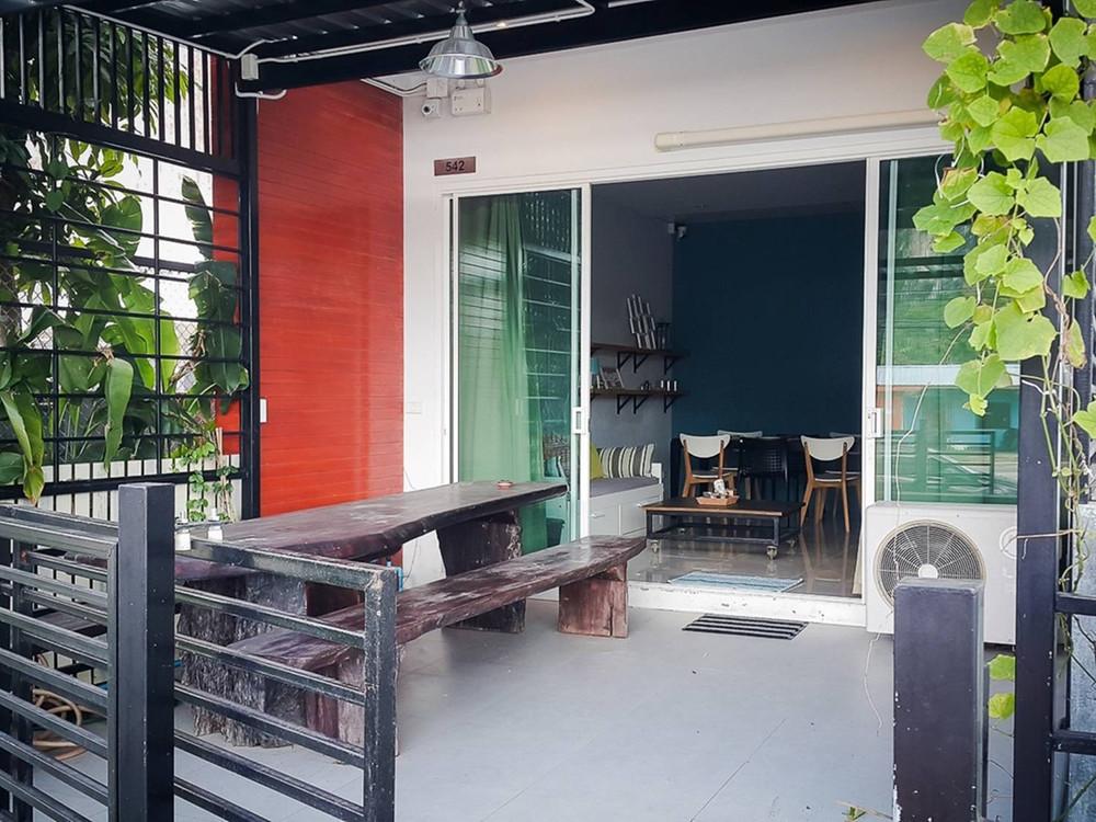 For Sale 2 Beds タウンハウス in Mueang Krabi, Krabi, Thailand | Ref. TH-MONFGTQH