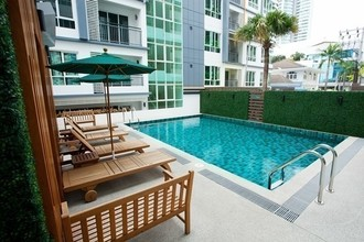 Located in the same area - Voque Sukhumvit 16