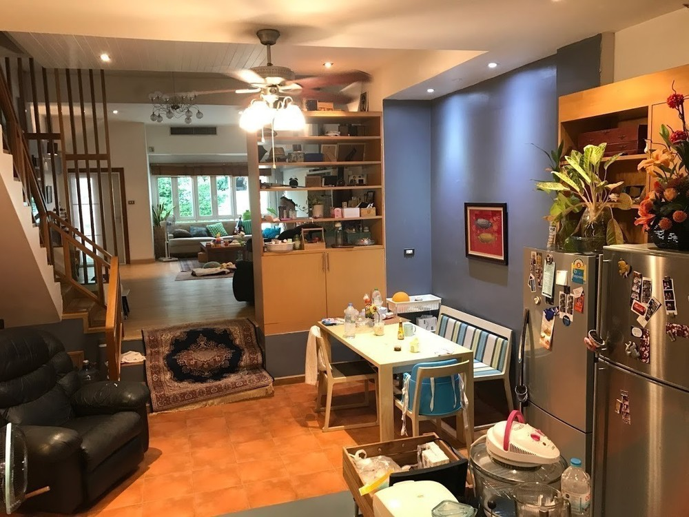 For Sale 4 Beds Townhouse in Khlong Toei, Bangkok, Thailand | Ref. TH-ZIEUANKF