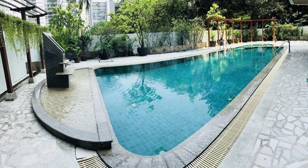 Lake Avenue - В аренду: Кондо с 2 спальнями возле станции BTS Asok, Bangkok, Таиланд | Ref. TH-OHALZDHG