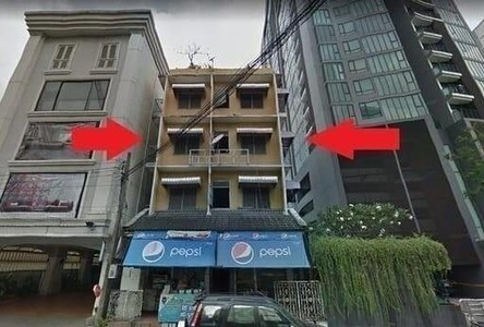 В аренду: Шопхаус 1,000 кв.м. в районе Watthana, Bangkok, Таиланд
