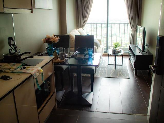 C Ekkamai - В аренду: Кондо c 1 спальней в районе Watthana, Bangkok, Таиланд   Ref. TH-NJABNDQX
