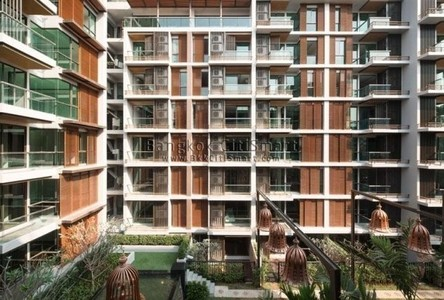 For Sale 2 Beds Condo Near BTS Ekkamai, Bangkok, Thailand