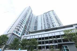 Located in the same area - Aspire Sathorn - Taksin