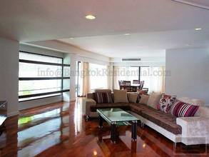 Located in the same building - Cosmo Villa