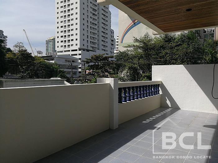 Sriratana Mansion 1 - В аренду: Кондо с 3 спальнями возле станции BTS Asok, Bangkok, Таиланд | Ref. TH-LAIXYAVO