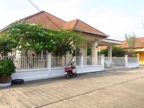 Located in the same area - Mueang Prachuap Khiri Khan, Prachuap Khiri Khan