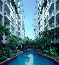 Located in the same area - Baan Siri Sukhumvit 10