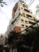 Located in the same area - La Maison Ruamrudee