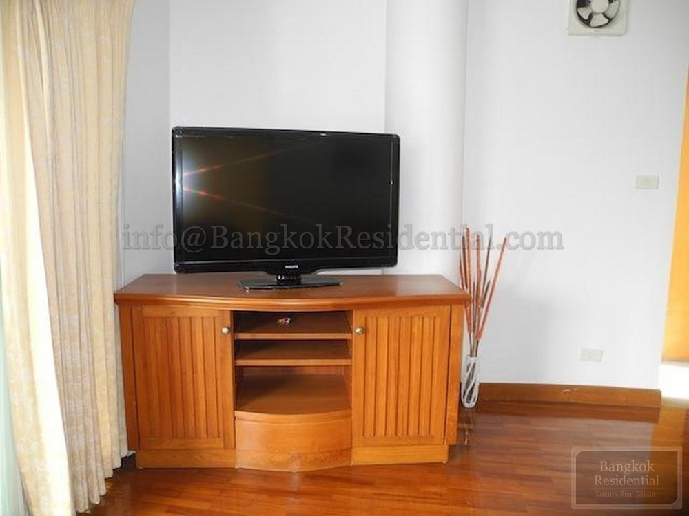 Baan Wannapa - For Rent 3 Beds Condo in Watthana, Bangkok, Thailand | Ref. TH-BFVZYFQE