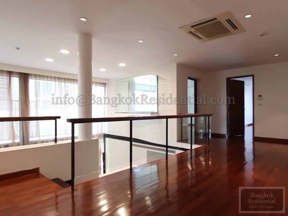 Levara Residence - В аренду: Кондо с 4 спальнями возле станции BTS Phrom Phong, Bangkok, Таиланд | Ref. TH-EUDZDEUN