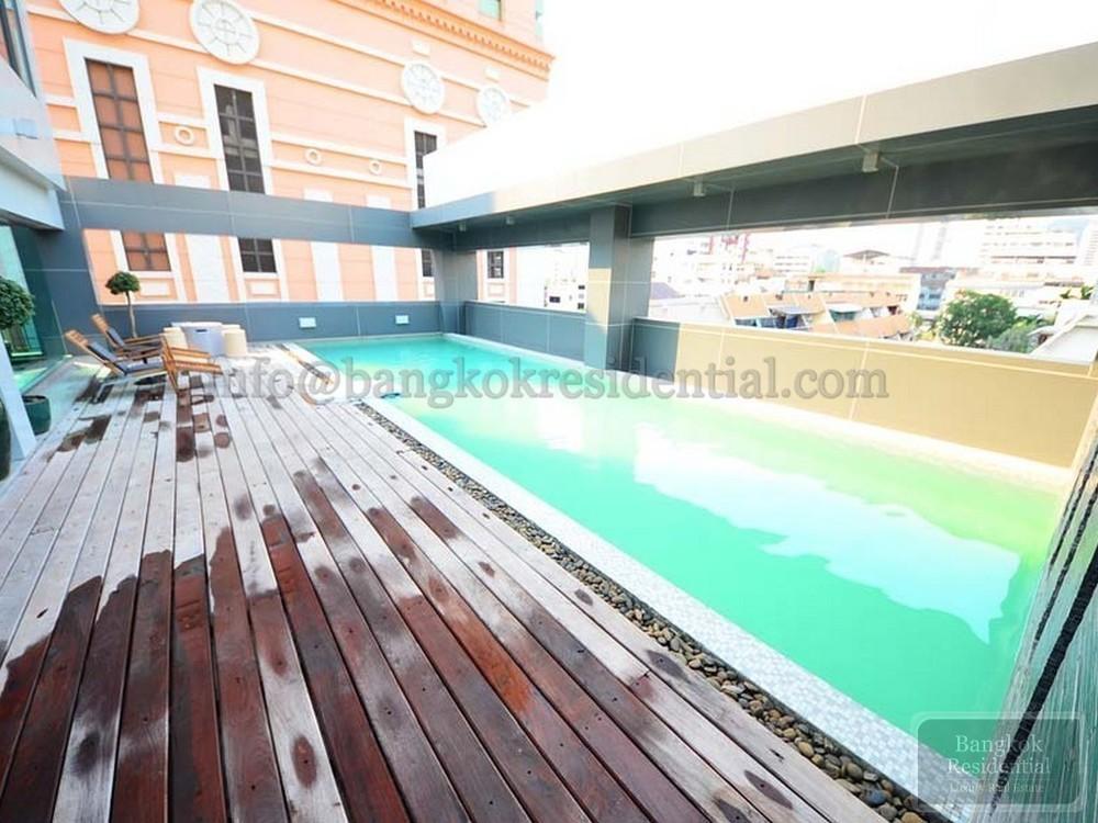 CG CASA Apartment - В аренду: Кондо с 3 спальнями в районе Khlong Toei, Bangkok, Таиланд | Ref. TH-UGHRXGGA