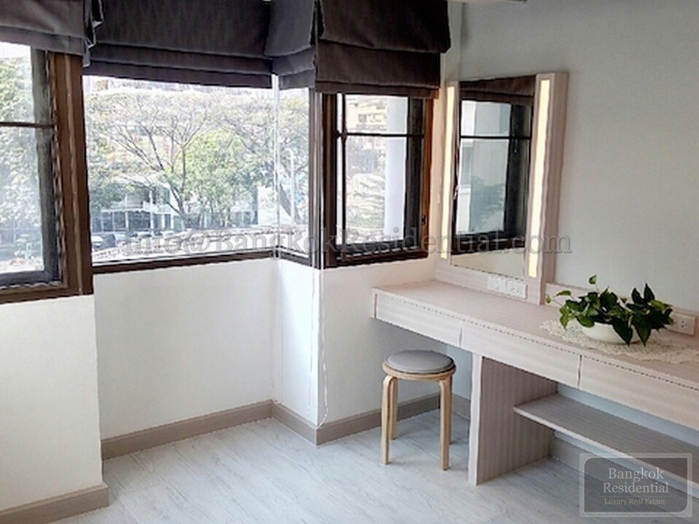 Baan Mitra - For Rent 3 Beds Condo in Watthana, Bangkok, Thailand | Ref. TH-MYPGYMJW