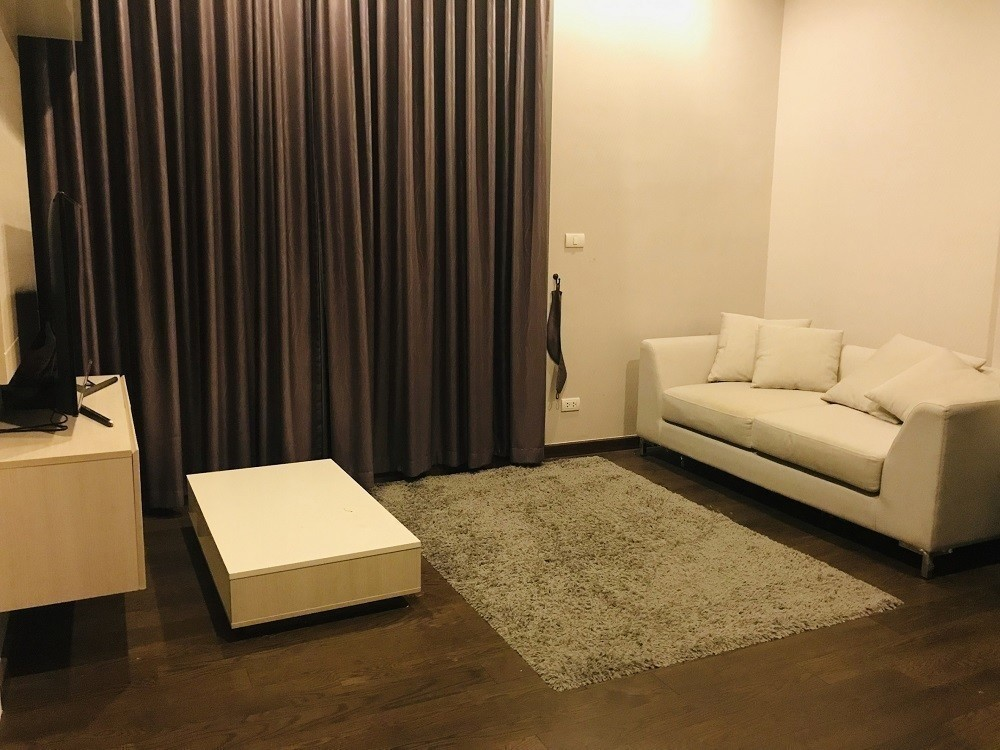 Q Asoke - В аренду: Кондо c 1 спальней возле станции MRT Phetchaburi, Bangkok, Таиланд | Ref. TH-FZHSODJR