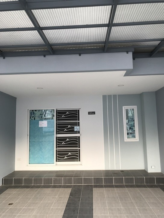 ขาย ทาวน์เฮ้าส์ 3 ห้องนอน ศรีราชา ชลบุรี | Ref. TH-UDTNWATI