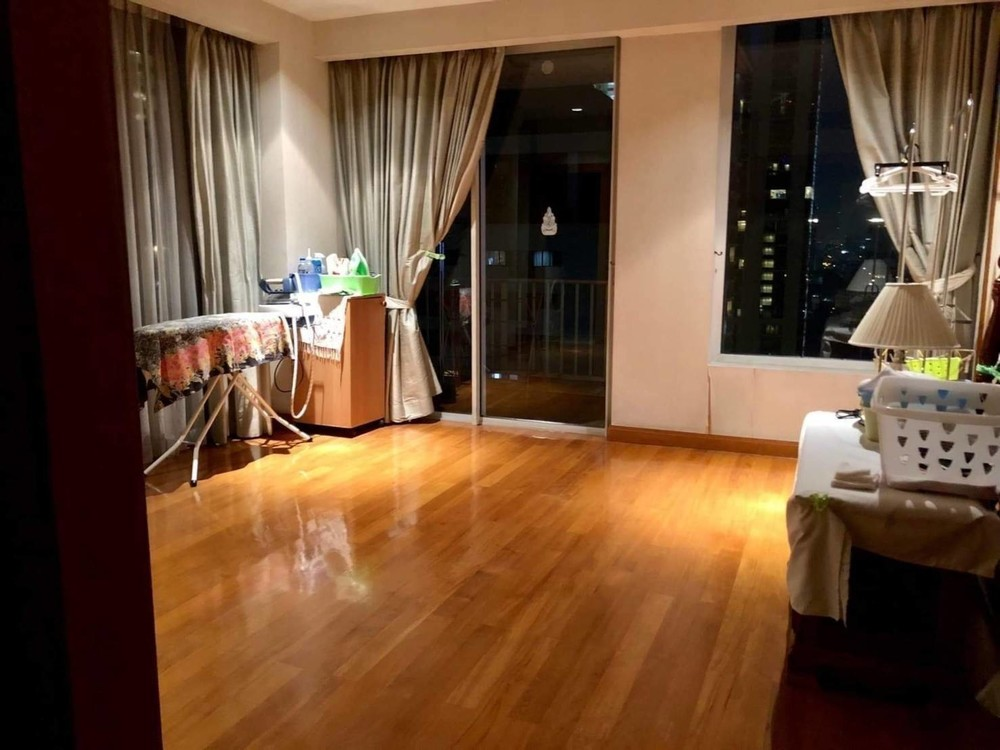 Langsuan Ville - For Sale 2 Beds Condo Near BTS Chit Lom, Bangkok, Thailand | Ref. TH-TONXSZKP
