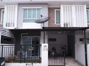 Located in the same area - Si Racha, Chonburi