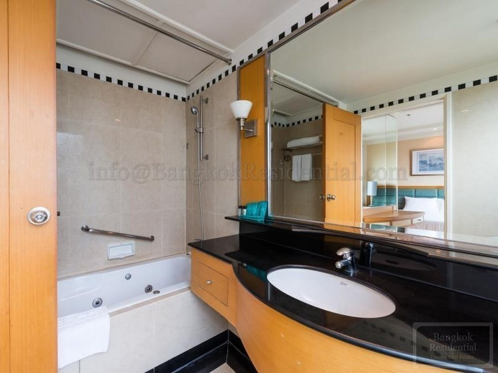 JASMINE CITY HOTEL - В аренду: Кондо с 2 спальнями возле станции BTS Asok, Bangkok, Таиланд   Ref. TH-PFYGYFFU