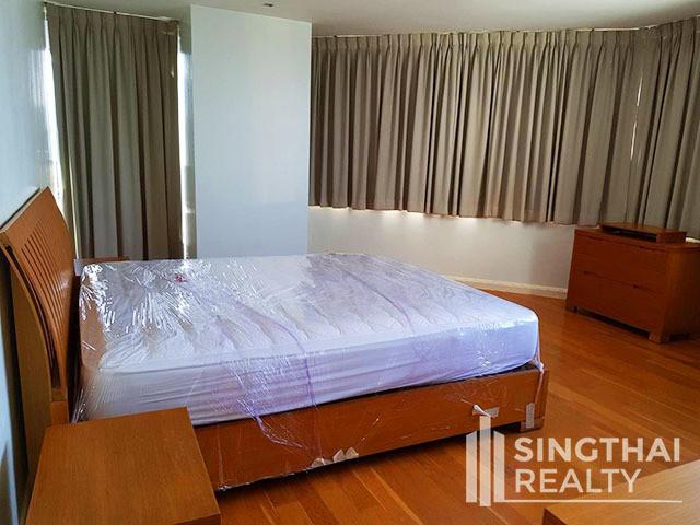 Lake Avenue - В аренду: Кондо с 2 спальнями возле станции BTS Asok, Bangkok, Таиланд | Ref. TH-QWVHYEUR