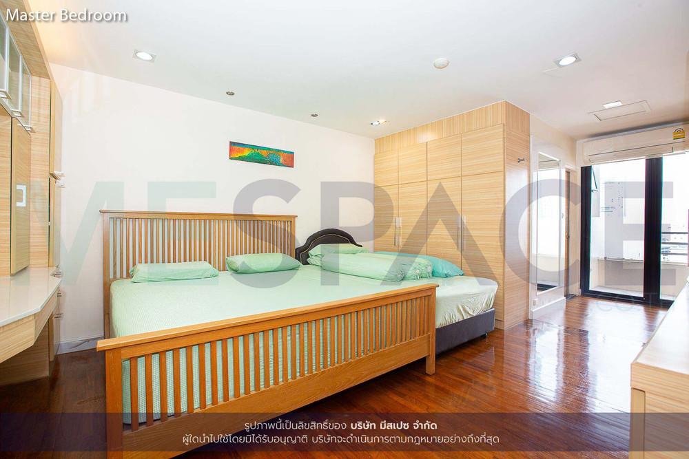 Sampoom Garden - For Sale 2 Beds Condo Near BTS Surasak, Bangkok, Thailand | Ref. TH-TXSNWWCG