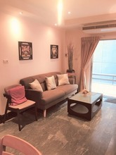 Located in the same building - Prasanmit Condominium