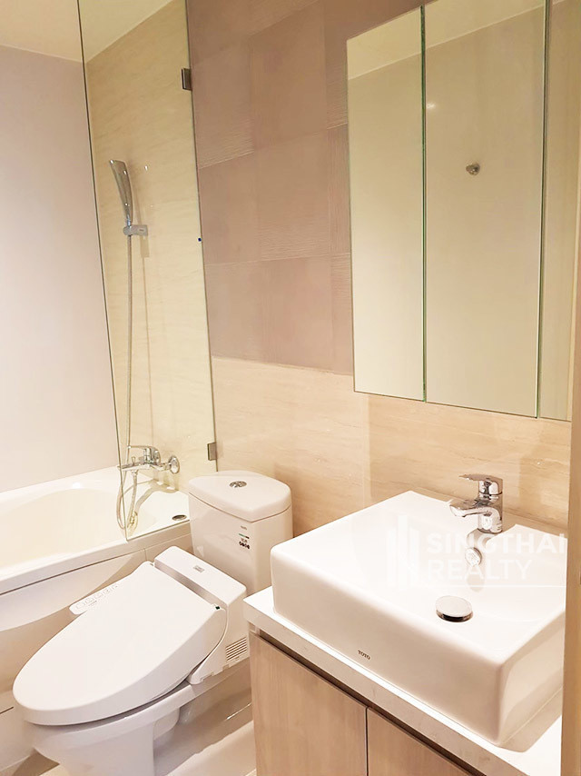 Runesu Thonglor 5 - For Rent 1 Bed Condo in Watthana, Bangkok, Thailand | Ref. TH-DDGSDLXS