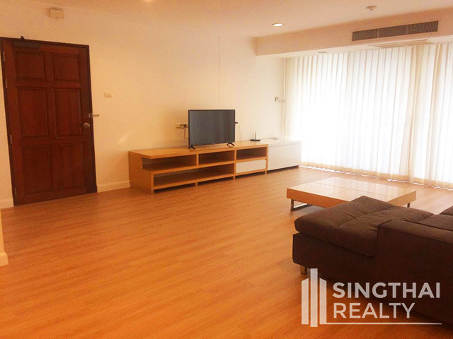 SanguanSap Mansion - For Rent 3 Beds Condo Near BTS Surasak, Bangkok, Thailand | Ref. TH-XFVOOTUX