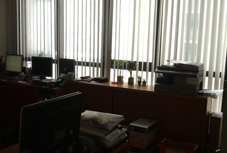 For Sale Business 104 sqm in Ratchathewi, Bangkok, Thailand