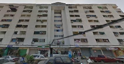 ตั้งอยู่บริเวณพื้นที่เดียวกัน - บางกะปิ กรุงเทพฯ
