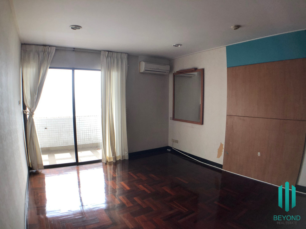 Richmond Palace - Продажа: Кондо с 4 спальнями в районе Watthana, Bangkok, Таиланд | Ref. TH-QXIAAJEV