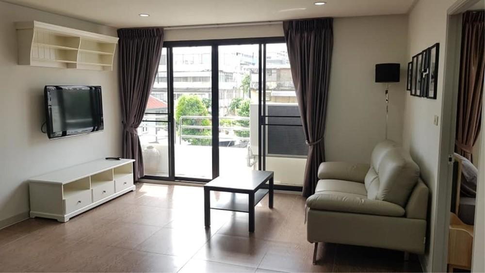 Sampoom Garden - В аренду: Кондо с 2 спальнями возле станции BTS Surasak, Bangkok, Таиланд | Ref. TH-NUELUHBB
