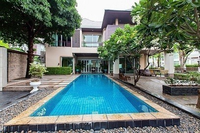 For Sale 5 Beds 一戸建て in Prawet, Bangkok, Thailand | Ref. TH-KHMLPVDJ