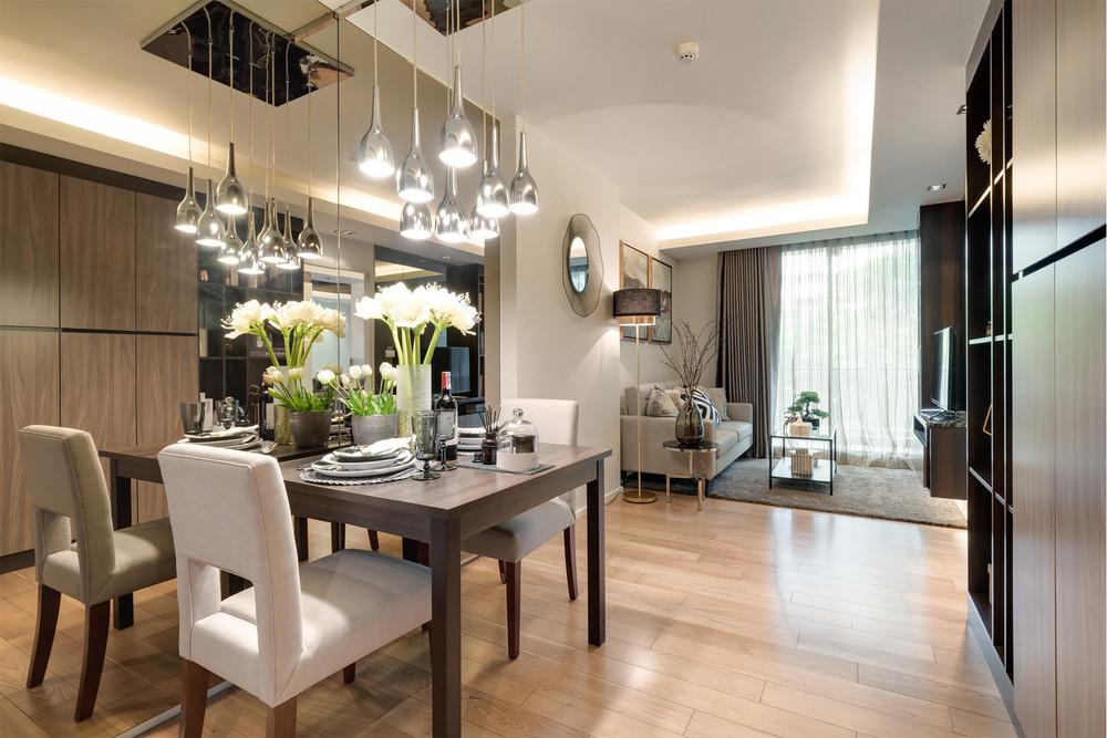 Focus Ploenchit - For Sale 1 Bed Condo Near BTS Phloen Chit, Bangkok, Thailand | Ref. TH-DEWYSPFB