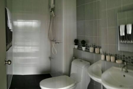D Condo Kathu - For Sale 1 Bed コンド in Kathu, Phuket, Thailand | Ref. TH-DMZPGAWG