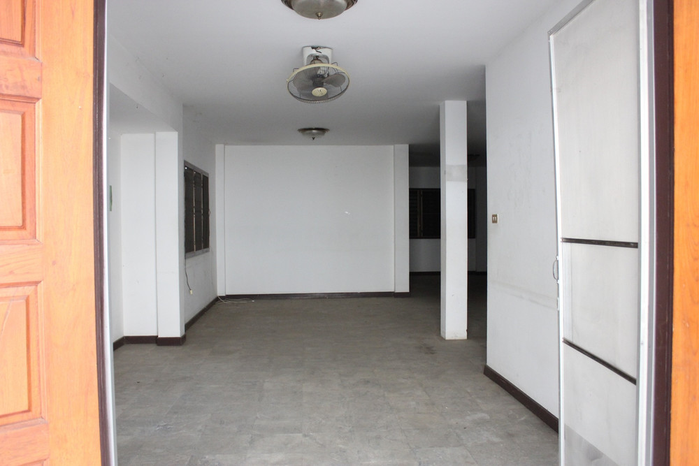 ขาย บ้านเดี่ยว 8 ห้องนอน เมืองเชียงใหม่ เชียงใหม่   Ref. TH-LQFWBKYU