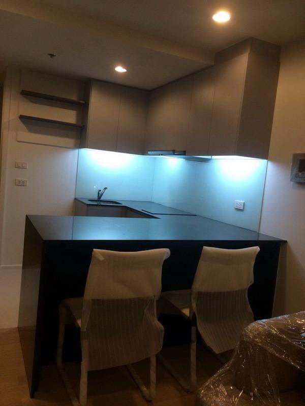 15 Sukhumvit Residences - For Sale 1 Bed Condo Near BTS Nana, Bangkok, Thailand | Ref. TH-KQEPWOWF