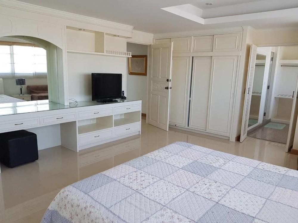 Tai Ping Towers - For Rent 3 Beds Condo in Watthana, Bangkok, Thailand   Ref. TH-YZPDVZPP