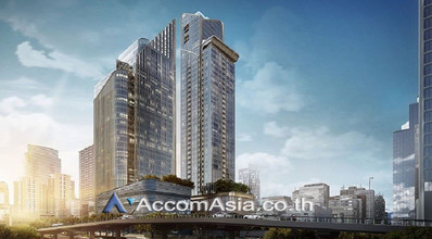 Located in the same building - The Esse at Singha Complex