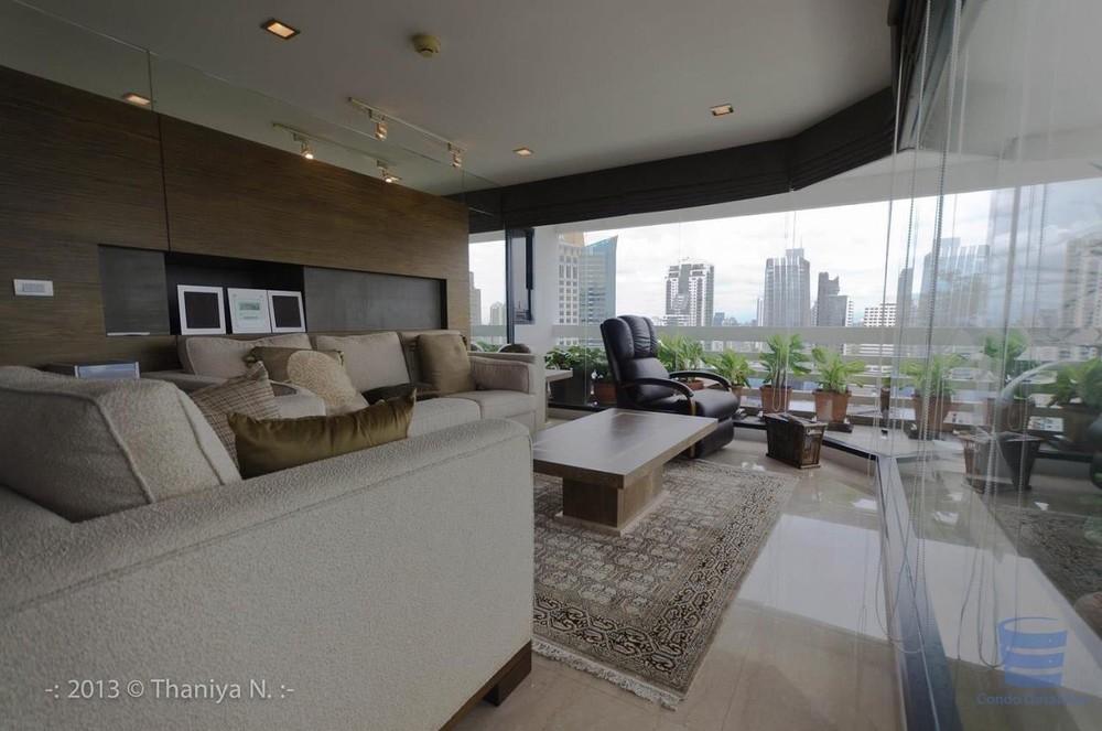 Sukhumvit Park - For Sale 4 Beds Condo Near BTS Nana, Bangkok, Thailand | Ref. TH-TFCZBKKD