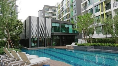 Located in the same area - The Niche Mono Sukhumvit 50