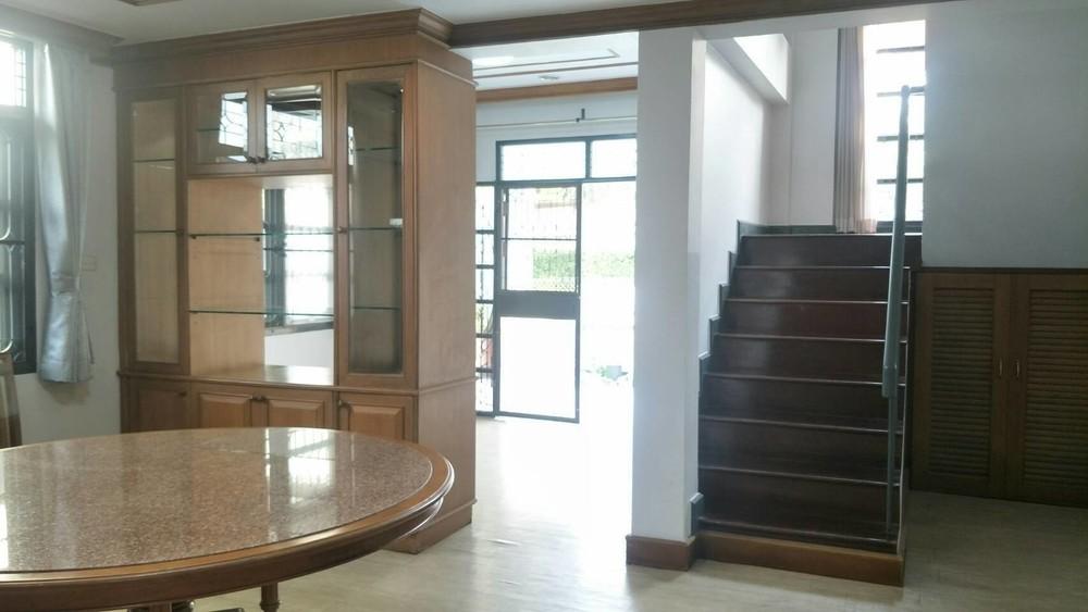 For Sale 3 Beds House in Bang Phli, Samut Prakan, Thailand | Ref. TH-VDYXUKCL