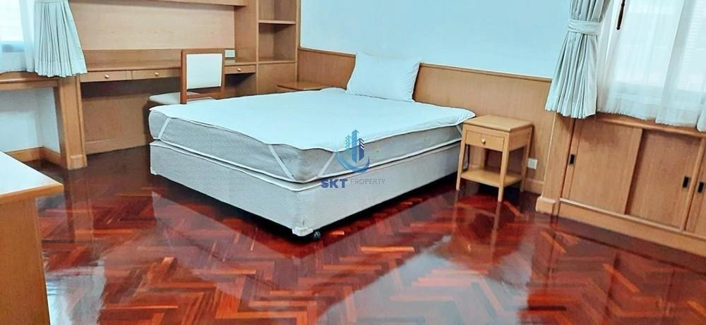 Four Wings Mansion - В аренду: Кондо с 3 спальнями в районе Watthana, Bangkok, Таиланд | Ref. TH-NGUXOUJT