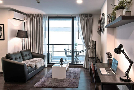 For Rent 2 Beds Condo in Khlong San, Bangkok, Thailand