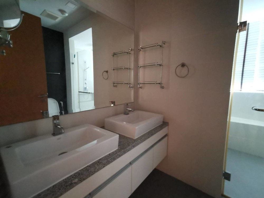 Millennium Residence - For Rent 3 Beds Condo in Khlong Toei, Bangkok, Thailand | Ref. TH-LDYNRXTW