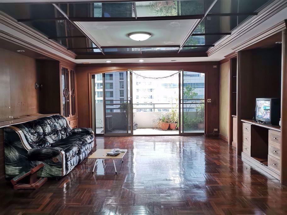 วัฒนา ไฮท์ - ขาย คอนโด 4 ห้องนอน ติด MRT สุขุมวิท | Ref. TH-TAAIQMZF