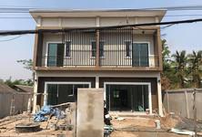 Продажа: Таунхаус с 3 спальнями в районе Doi Saket, Chiang Mai, Таиланд