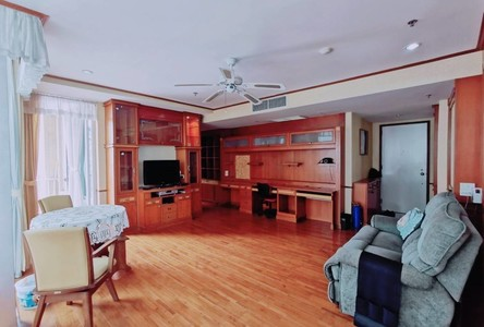 В аренду: Кондо с 3 спальнями возле станции BTS Chit Lom, Bangkok, Таиланд